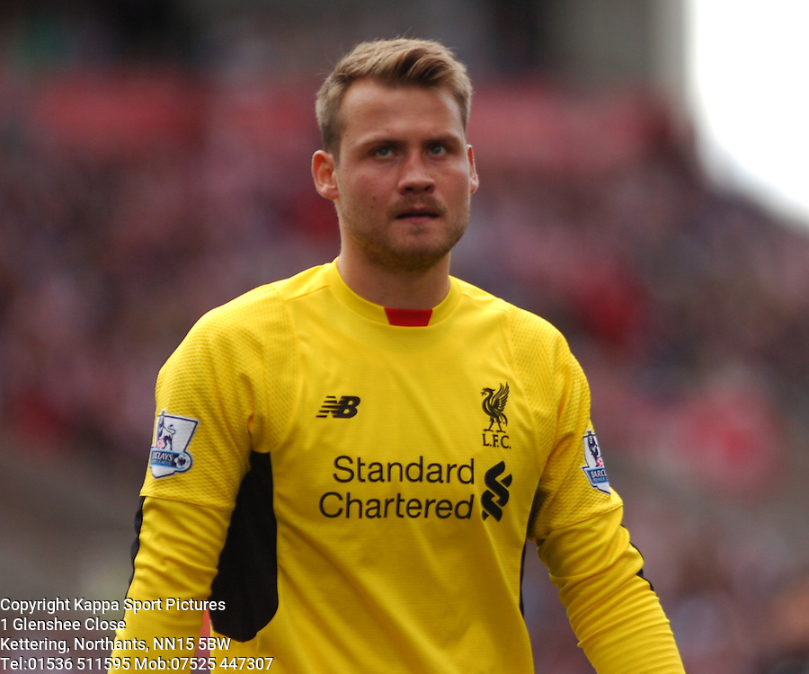 SIMON MIGNOLET GOALKEEPER LIVERPOOL, Liverpool FC, Stoke City v Liverpool, Premiership, Britannia Stadium Sunday 9th August 2015Stoke City v Liverpool, Premiership, Britannia Stadium Sunday 9th August 2015