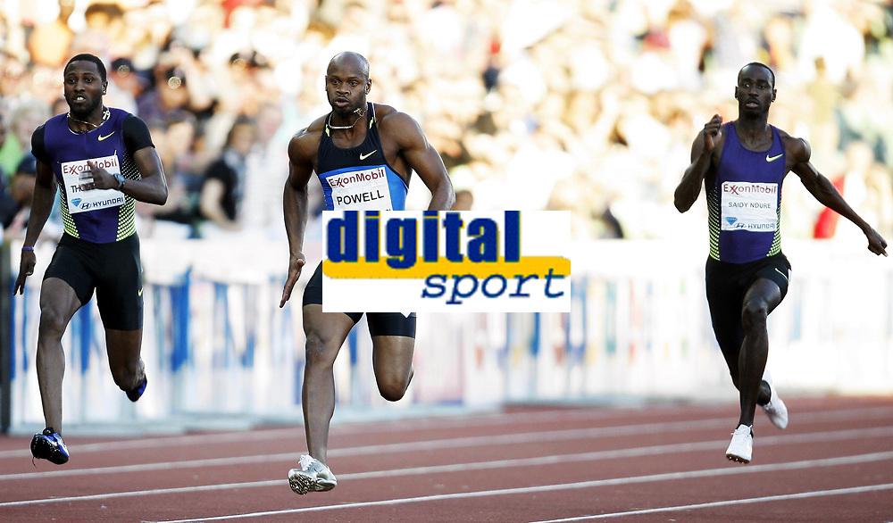 Friidrett, 4. juni 2010,  Diamond League , Bislett Games Oslo<br /> <br /> <br /> Asafa Powell , 9.72 p&aring; 100 meter . til h&oslash;yre: Jaysuma Saidy Ndure, Norge