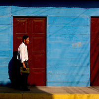 COLOR WHISPERS<br /> Guasdualito, Apure State, Venezuela 2007<br /> Photography by Aaron Sosa