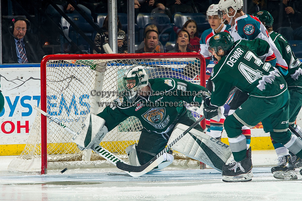KELOWNA, CANADA - FEBRUARY 15:  Max Palaga #31 of the Everett Silvertips makes a save against the Kelowna Rockets on February 15, 2019 at Prospera Place in Kelowna, British Columbia, Canada.  (Photo by Marissa Baecker/Shoot the Breeze)