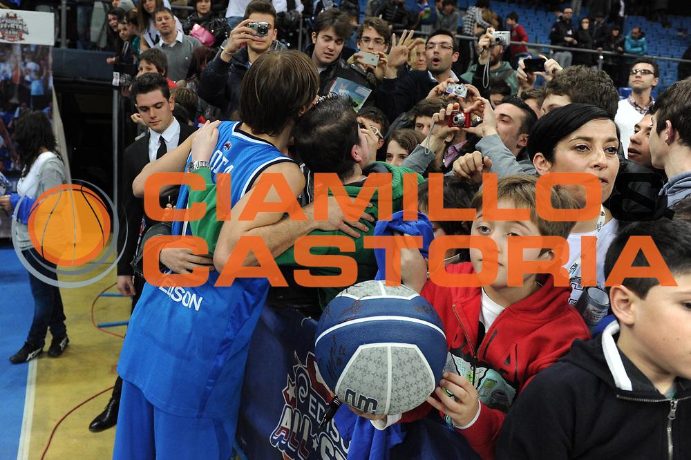DESCRIZIONE : Pesaro Edison All Star Game 2012<br /> GIOCATORE : Giuseppe Poeta<br /> CATEGORIA : curiosita<br /> SQUADRA : Italia<br /> EVENTO : All Star Game 2012<br /> GARA : Italia All Star Team<br /> DATA : 11/03/2012 <br /> SPORT : Pallacanestro<br /> AUTORE : Agenzia Ciamillo-Castoria/GiulioCiamillo<br /> Galleria : FIP Nazionali 2012<br /> Fotonotizia : Pesaro Edison All Star Game 2012<br /> Predefinita :