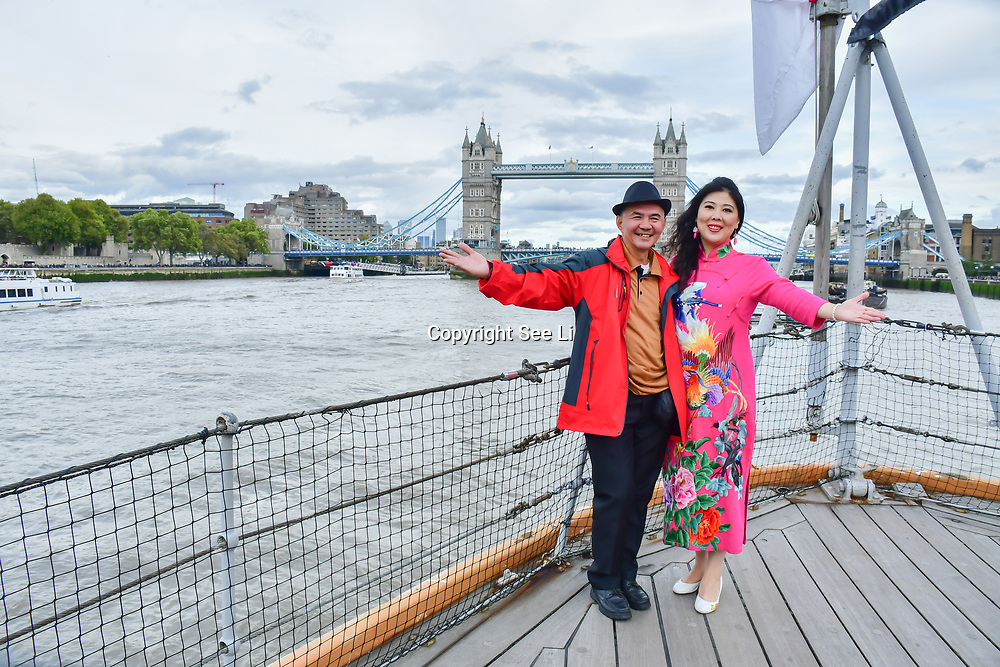 """See Li and Chinese Soprano 王蓓蓓,Wang Beibei sings 我和我的祖国,Me and my country to celebration of the 70th China National Day 2019 and a Chinese """"Qipao"""" flash mob, London, 28 September 2019, UK."""
