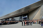 Koning Willem-Alexander opent nieuw station Rotterdam Centraal