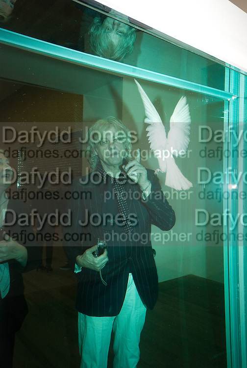 SIR BOB GELDOF, Damien Hirst, Tate Modern: dinner. 2 April 2012.