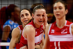 09-01-2016 TUR: European Olympic Qualification Tournament Turkije - Italie, Ankara<br /> De strijd om de tweede Japan ticket / Busra Kilicli #9 of Turkey, Eda Erdem Dundar #14 of Turkey