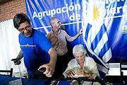 20180204/ Javier Calvelo - adhocFOTOS/ URUGUAY/ MALDONADO/ PIRIAPOLIS/ Acto de festejo del 47&deg; aniversario del Frente Amplio, partido de gobierno, en la costa del balneraio de Piri&aacute;polis, Maldonado. Previo a ello se realizo la reinion de la Agrupacion Nacional de Gobierno en la Cooperativa Artigas y una conferencia de prensa final.<br /> En la foto:  Juan Andr&eacute;s Roballo, Lucia Topolansky y Javier Miranda en cConferencia de prensa de la ANG en la cooperativa Artigas en Piri&aacute;polis, Maldonado. Foto: Javier Calvelo /  adhocFOTOS