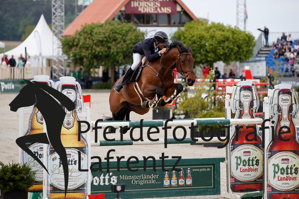 LILL Maximilian (GER), Hertoch van t Prinsenveld<br /> Hagen - Horses and Dreams meets the Royal Kingdom of Jordan 2018<br /> Finale Mittlere Tour<br /> 29. April 2018<br /> www.sportfotos-lafrentz.de/Stefan Lafrentz