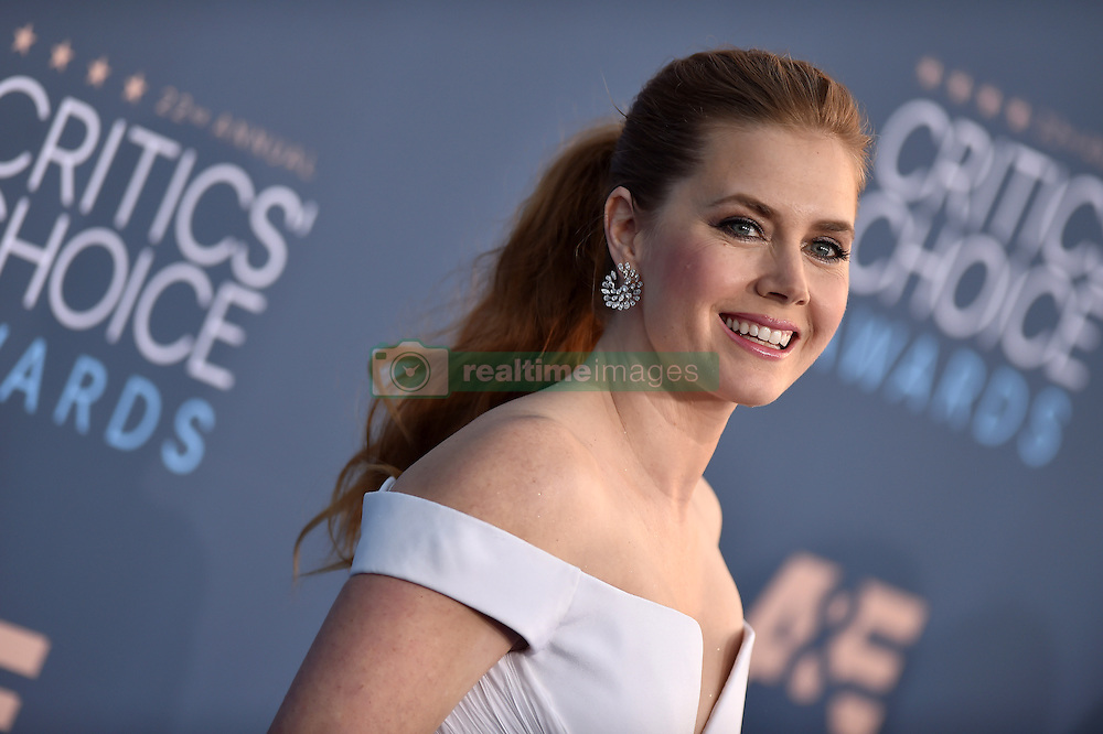 Amy Adams attends the 22nd Annual Critics' Choice Awards at Barker Hangar on December 11, 2016 in Santa Monica, Los Angeles, CA, USA. Photo By Lionel Hahn/ABACAPRESS.COM