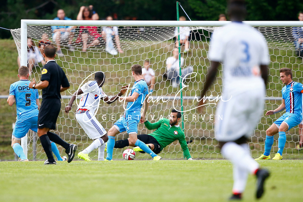 Onderwerp/Subject: Olympique Marseille - Willem II - Friendly<br /> Reklame:  <br /> Club/Team/Country: <br /> Seizoen/Season: 2014/2015<br /> FOTO/PHOTO: Gianelli IMBULA ( Gilbert Gianelli Imbula WANGA ) (L) of Olympique Marseille scoring his goal past Goalkeeper Kostas LAMPROU (R) of Willem II defeated ( 2 - 0 ). (Photo by PICS UNITED)<br /> <br /> Trefwoorden/Keywords: <br /> #04 $94 &plusmn;1405930080633<br /> Photo- &amp; Copyrights &copy; PICS UNITED <br /> P.O. Box 7164 - 5605 BE  EINDHOVEN (THE NETHERLANDS) <br /> Phone +31 (0)40 296 28 00 <br /> Fax +31 (0) 40 248 47 43 <br /> http://www.pics-united.com <br /> e-mail : sales@pics-united.com (If you would like to raise any issues regarding any aspects of products / service of PICS UNITED) or <br /> e-mail : sales@pics-united.com   <br /> <br /> ATTENTIE: <br /> Publicatie ook bij aanbieding door derden is slechts toegestaan na verkregen toestemming van Pics United. <br /> VOLLEDIGE NAAMSVERMELDING IS VERPLICHT! (&copy; PICS UNITED/Naam Fotograaf, zie veld 4 van de bestandsinfo 'credits') <br /> ATTENTION:  <br /> &copy; Pics United. Reproduction/publication of this photo by any parties is only permitted after authorisation is sought and obtained from  PICS UNITED- THE NETHERLANDS