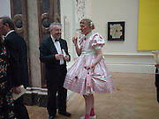 GRAYSON PERRY, Annual Dinner. Royal Academy of Arts. Piccadilly. London. 8 June 2010. -DO NOT ARCHIVE-© Copyright Photograph by Dafydd Jones. 248 Clapham Rd. London SW9 0PZ. Tel 0207 820 0771. www.dafjones.com.