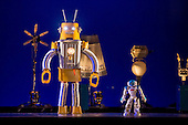 Robot!-Blanca Li