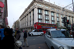 UK ENGLAND LONDON 23NOV11 - Street scene outside Selfridge's department store on Oxford Street in the West End, central London.....jre/Photo by Jiri Rezac....© Jiri Rezac 2011