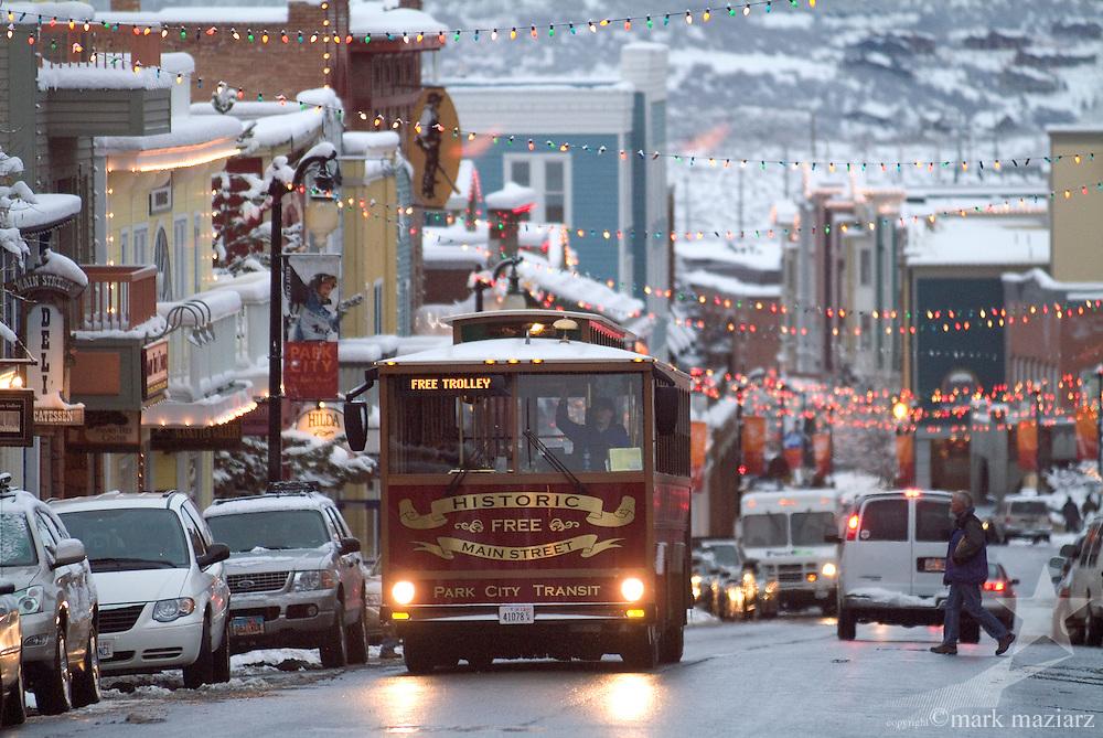 Main Street Trolley on a snowy early evening