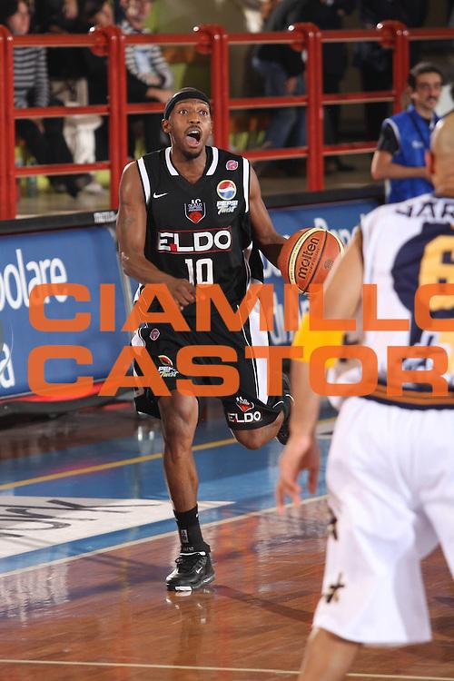 DESCRIZIONE : Porto San Giorgio Lega A1 2008-09 Premiata Montegranaro Eldo Caserta<br /> GIOCATORE : Horace Jenkins<br /> SQUADRA : Eldo Caserta Premiata Montegranaro<br /> EVENTO : Campionato Lega A1 2008-2009<br /> GARA : Premiata Montegranaro Eldo Caserta<br /> DATA : 20/12/2008<br /> CATEGORIA : palleggio <br /> SPORT : Pallacanestro<br /> AUTORE : Agenzia Ciamillo-Castoria/G.Ciamillo