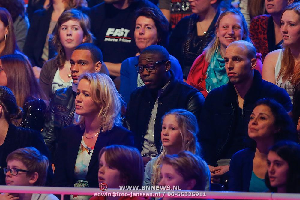 NLD/Hilversum/20130202 - 6de liveshow Sterren Dansen op het IJs 2013, Gregory van der Wiel, Chelton Linger en Mo Attaibi