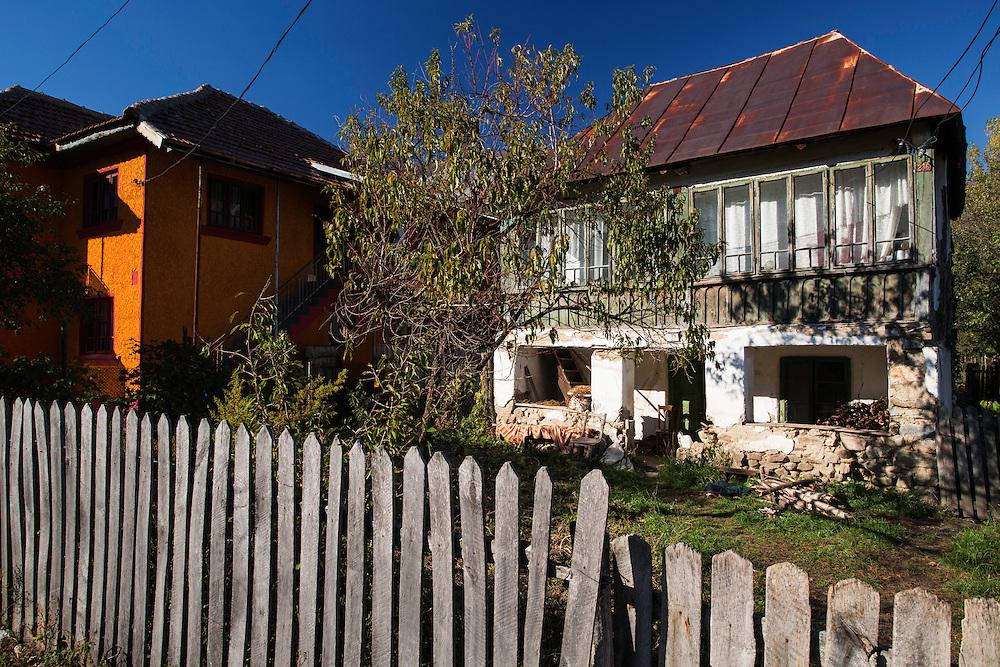 Colourful abandoned houses in the village of Isverna. Mehedinti Plateau Geopark, Geoparcul Platoul Mehedinți, Isverna, Romania.