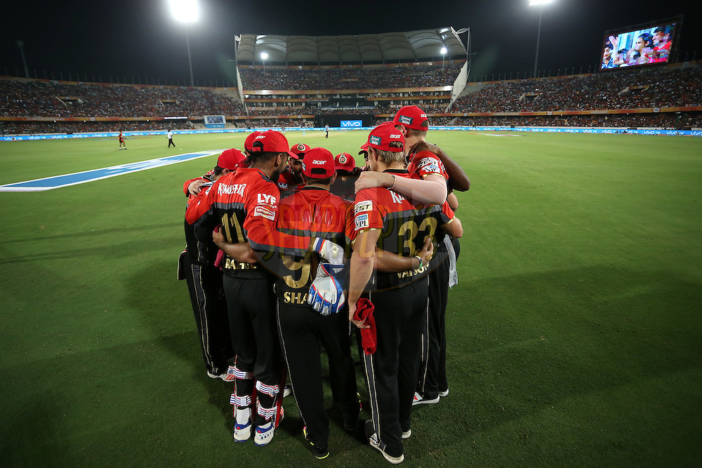 Royal Challengers Bangalore huddle before the start during match 27 of the Vivo IPL 2016 (Indian Premier League) between the Sunrisers Hyderabad and the Royal Challengers Bangalore held at the Rajiv Gandhi Intl. Cricket Stadium, Hyderabad on the 30th April 2016<br /> <br /> Photo by Shaun Roy / IPL/ SPORTZPICS