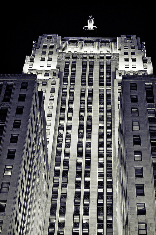 Built in 1930, the Chicago Board of Trade building houses the Chicago Mercantile Exchange, or CME Group. Atop the art deco skyscraper stands a three-story statue of Ceres, the goddess of agriculture.