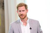 Prins Harry voor een kort bezoek in Amsterdam