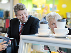 Upper Hutt-Labour Leader David Cunnliffe visits the Hutt Valley