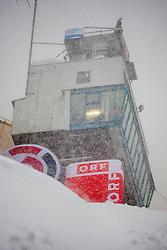14.01.2012, Kulm, Bad Mitterndorf, AUT, FIS Ski Flug Weltcup, Probesprung, im Bild der Jury-Turm im Schnee // judges tower in heavy snowfall during the qualification of FIS Ski Flying World Cup at the 'Kulm', Bad Mitterndorf, Austria on 2012/01/14, EXPA Pictures © 2012, PhotoCredit: EXPA/ Erwin Scheriau