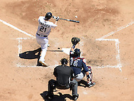 CHICAGO - JULY 09:  Todd Frazier #21 of the Chicago White Sox hits a double in the third inning against the Atlanta Braves on July 9, 2016 at U.S. Cellular Field in Chicago, Illinois.  The White Sox defeated the Braves 5-4.  (Photo by Ron Vesely) Subject:    Todd Frazier