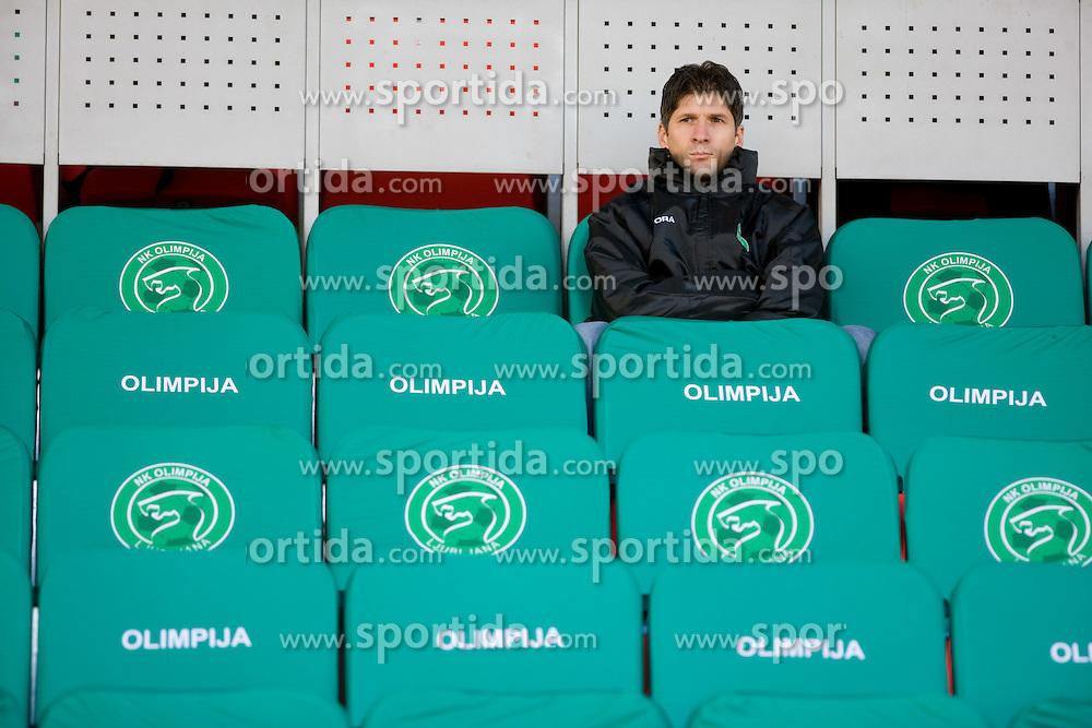 Simon Seslar at  football match of 21st Round of First League between NK Olimpija and NK Rudar Velenje, on December 2, 2009,  in ZSD Ljubljana, Ljubljana, Slovenia.  Rudar defeated Olimpija 1:0. (Photo by Vid Ponikvar / Sportida)