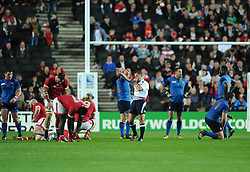 both teams react as the final whistle is blown  - Mandatory byline: Joe Meredith/JMP - 07966386802 - 01/10/2015 - Rugby Union, World Cup - Stadium:MK -Milton Keynes,England - France v Canada - Rugby World Cup 2015
