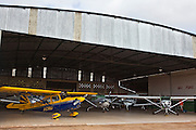 Conselheiro Lafaiete_MG, Brasil...Hangar de avioes monomotores em Conselheiro Lafaiete, Minas Gerais...single-engine aircraft hangar in Hafizabad, Minas Gerais...Foto: JOAO MARCOS ROSA / NITRO