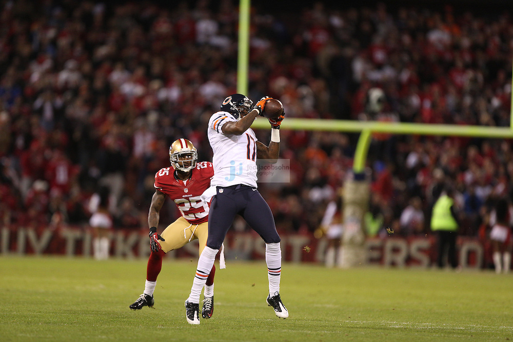 Chicago Bears wide receiver Alshon Jeffery (17) in action against the San Francisco 49ers, during an NFL game on Monday Nov. 19, 2012 in San Francisco, CA.  (photo by Jed Jacobsohn)