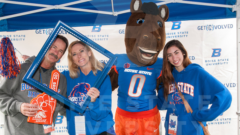 parent family weekend, chili feed, photo booth, buster bronco, anm