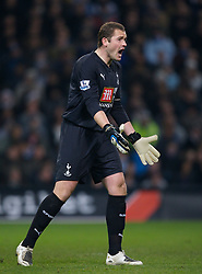 MANCHESTER, ENGLAND - Tuesday, December 18, 2007: Tottenham Hotspur's goalkeeper and captain Paul Robinson in action against Manchester City during the League Cup Quarter Final match at the City of Manchester Stadium. (Photo by David Rawcliffe/Propaganda)