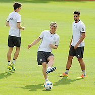 Julian Weigl, Sebastian Schweinsteiger and Sami Khedira of Germany during training at Stadio Communale, Ascona<br /> Picture by EXPA Pictures/Focus Images Ltd 07814482222<br /> 31/05/2016<br /> ***UK &amp; IRELAND ONLY***<br /> EXPA-EIB-160531-0035.jpg