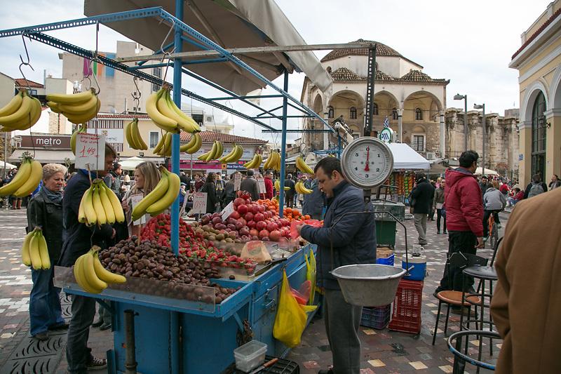 Ogni domenica a Monastiraki si tiene il mercato delle pulci.