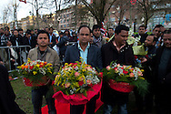 Roma 18 Febbraio 2011.Il ministro dgli Esteri del Bangaladesh Signora Dipu Moni, inaugura  a  Largo Bangladesh il monumento Shaheed Minar  che è monumento nazionale  in Bangladesh, realizzato per commemorare i martiri che il 21 Febbraio 1952 a Dhaka in Bangladesh si sono battuti per la causa della lingua madre,il bangla, e per serbare la loro distintiva identità culturale. (Shaheed significa martire)..Rome 18 February 2011.The Minister of Foreign Affairs of Bangaladesh Lady Dipu Moni, inaugurated in Largo Bangladesh, the Shaheed Minar monument, which is a national monument in Bangladesh, created to commemorate the martyrs February 21, 1952, in Dhaka in Bangladesh, have fought for the cause of mother tongue, Bangla, and to preserve their distinctive cultural identity. (Shaheed means martyr).