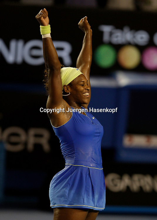 Australien, Melbourne, Sport, Tennis, Grand Slam Tournament, Melbourne Park, Australian Open 2009,..Damen Finale, Endspiel, Serena Williams (USA) nach ihrem Sieg, Emotion,...Foto: Juergen Hasenkopf..