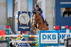 VAN PAESSCHEN, Constant (BEL), Verdi Treize<br /> Berlin - Global Jumping Berlin 2019<br /> CSI5* - Preis der Deutsche Vermögensberatung AG - DVAG<br /> GCL Team-Wettbewerb, 1. Runde <br /> Springprüfung nach Strafpunkten und Zeit für Teams und Einzelreiter, international<br /> 26. Juli 2019<br /> © www.sportfotos-lafrentz.de/Stefan Lafrentz