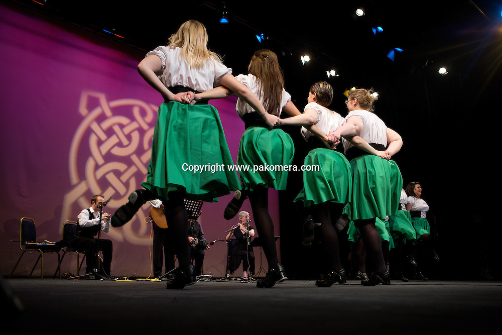 Absolutely legless irish dance based in edinburgh, plus portugues tune show in the Church hill Theatre, Edinburgh. Scotland..Pic by Pako Mera