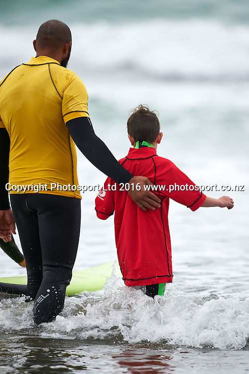 Participant and volunteer during the Flight Centre Foundation Halberg Surf Day, Lyall Bay, Wellington, New Zealand. Saturday 12 March 2016. Copyright Photo: Mark Tantrum/www.Photosport.co.nz