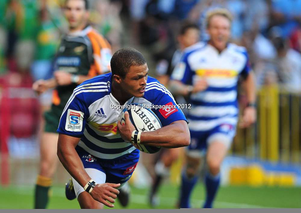 Juan de Jongh of the Stormers scores a try during the Stormers 2013 Super Rugby game between the Stormers and the Sharks at Newlands Rugby Stadium on 13 April 2013 ©Ryan Wilkisky/BackpagePix