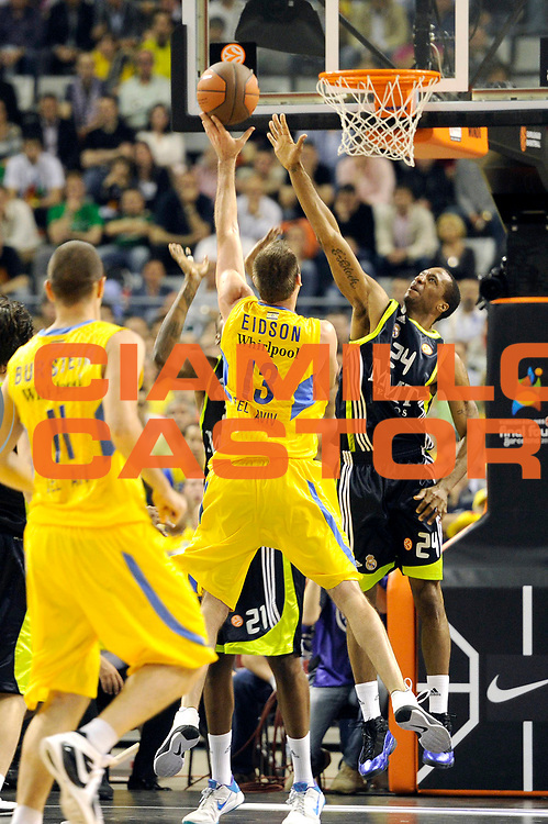 DESCRIZIONE : Barcellona Barcelona Eurolega Eurolegue 2010-11 Final Four Semifinale Semifinal Maccabi Electra Tel Aviv Real Madrid<br /> GIOCATORE : Sergio Rodriguez<br /> SQUADRA : Real Madrid<br /> EVENTO : Eurolega 2010-2011<br /> GARA : Maccabi Electra Tel Aviv Real Madrid<br /> DATA : 06/05/2011<br /> CATEGORIA : tiro penetrazione<br /> SPORT : Pallacanestro<br /> AUTORE : Agenzia Ciamillo-Castoria/C.De Massis<br /> Galleria : Eurolega 2010-2011<br /> Fotonotizia : Barcellona Barcelona Eurolega Eurolegue 2010-11 Final Four Semifinale Semifinal Maccabi Electra Tel Aviv Real Madrid<br /> Predefinita :