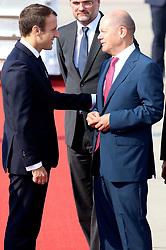 July 7, 2017 - Hamburg, Hamburg, Deutschland - Emmanuel Macron und Olaf Scholz bei der Ankunft zum 12. G20-Gipfel 2017 auf dem Hamburg Airport. Hamburg, 07.07.2017. (Credit Image: © Future-Image via ZUMA Press)
