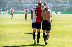 14-05-2017 NED: Kampioenswedstrijd Feyenoord - Heracles Almelo, Rotterdam<br /> In een uitverkochte Kuip pakt Feyenoord met een 3-0 overwinning het landskampioenschap / Dirk Kuyt #7 scoort de 3-0 uit een penalty, Nicolai Jorgensen #9