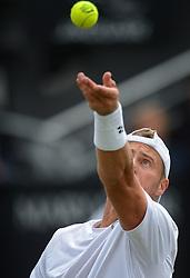 20150609 NED: Tennis Topshelf Open Day 2, Rosmalen<br /> Lleyton Hewitt AUS tijdens zijn partij tegen Nicolas Mahut  FRA op de tweede dag van het Topshelf Tennistoernooi