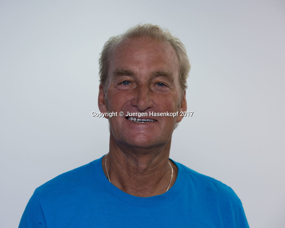 PETER MCNAMARA (AUS), Coach , Trainer,<br /> <br /> Tennis - Dubai Tennis Championships 2017 -  WTA -  Dubai Duty Free Tennis Stadium - Dubai  -  - United Arab Emirates  - 22 February 2017.