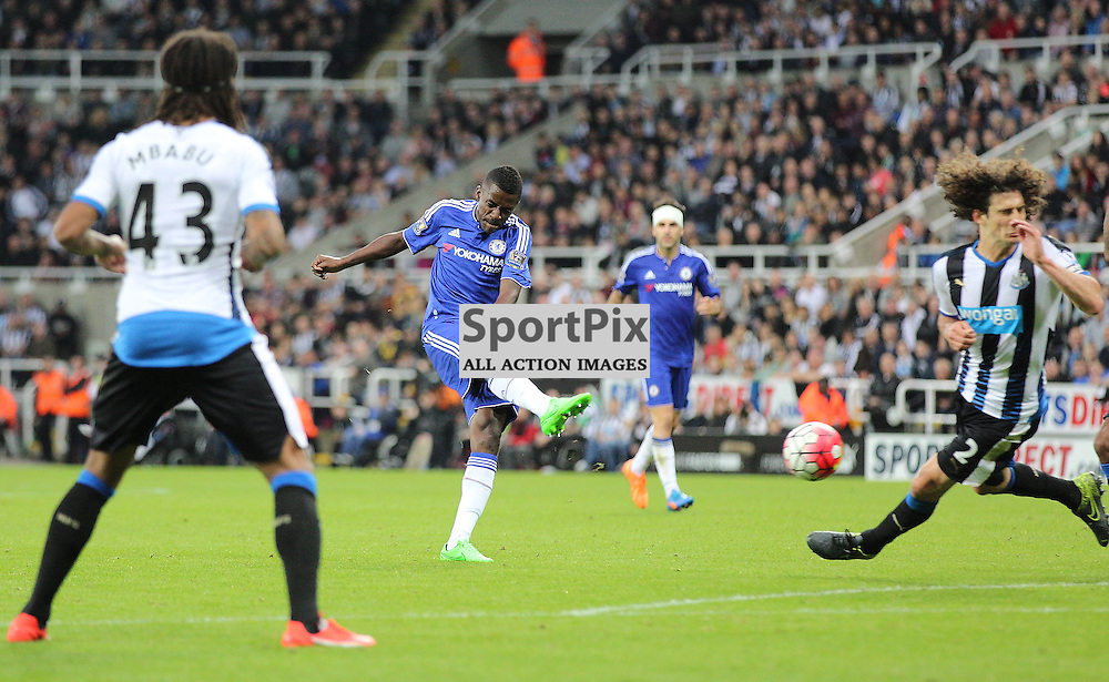 Newcastle United v Chelsea English Premiership 26 September 2015; Ramires (Chelsea, 7) smashes in a goal during the Newcastle v Chelsea English Premiership match played at St. James' Park, Newcastle; <br /> <br /> &copy; Chris McCluskie | SportPix.org.uk