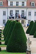Schloss Wackerbarth, Barockgarten, Radebeul, Sachsen, Deutschland.|.Wackerbarth Castle, Radebeul, Saxony, Germany.