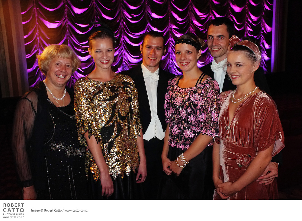 Actors, directors, designers and guests gathered to celebrate the opening of the new Roxy Cinema in the Wellington suburb of Miramar.  On the site of the original Capitol Cinema which opened in 1924 and closed forty years later, the completely rebuilt 'picture palace' is much larger than the original, and houses two theatres, a cafe and bar.  Guests at the opening included Sir Peter Jackson, Sir Richard Taylor and Lady Tania Rodger, Jamie Selkirk, and many of the cast and crew of The Hobbit - Sir Ian McKellen, Martin Freeman, and James Nesbitt included.
