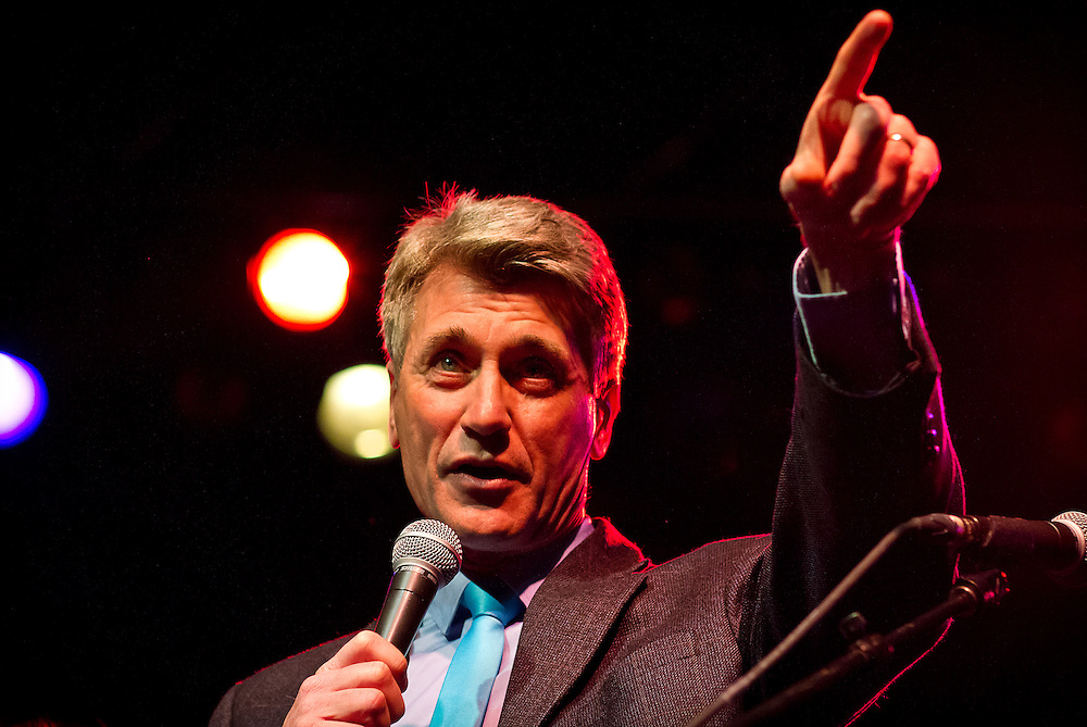 "Minneapolis Mayor R.T. Rybak gestures towards incoming Mayor-elect Besty Hodges during Rybak's ""Unauguration Party"" at First Avenue, Wednesday, December 18, 2013."