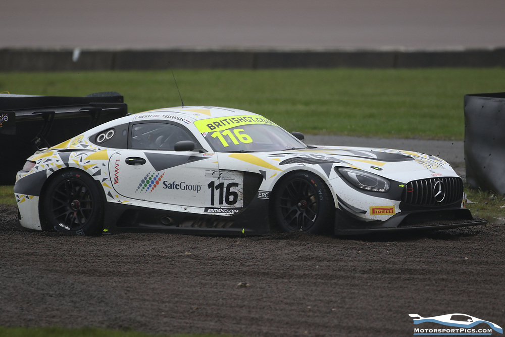 29 April 2018. British GT Qualifying. Rockingham